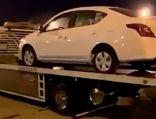 مواطنون يهدون صديقهم سيارة جديدة بعد تعرض مركبته لحادث