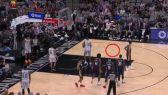 طير يقتحم القاعة خلال مباراة لكرة السلة للمحترفين (NBA)