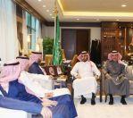 رئيس هيئة الرياضة يؤكد على أهمية الشفافية والوضوح في قرارات اتحاد القدم ولجانه