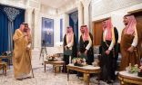 أمام الملك.. أصحاب السمو الملكي الذين صدرت الأوامر الملكية بتعيينهم في مناصبهم الجديدة يؤدون القسم