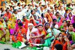 زوجان هنديان يدشنان مشروعاً لتخليص مليون قروي من الفقر
