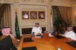 الأمير عبدالله بن مساعد يجتمع برئيسي الهلال والأهلي