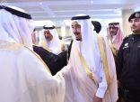 خادم الحرمين الشريفين يصل إلى مكة لقضاء ما تبقى من شهر رمضان المبارك بجوار بيت الله الحرام