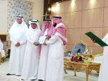 مدير التعليم بمحافظة محايل عسير  يفتتح وحدة الخدمات الإرشادية ببارق