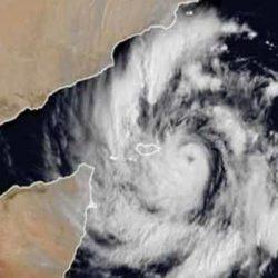 """الإمارات تؤكّد انعدام فرص تأثير إعصار """"مكونو"""" في أراضيها"""
