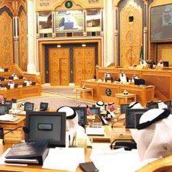 "وليد آل إبراهيم يزور مقر ""إم بي سي"" في دبي.. ومديروها وموظفوها يحتفون بعودته"