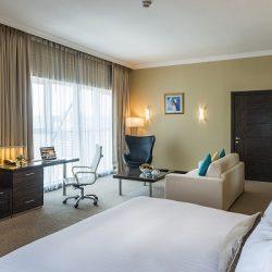 فندق انتركونتيننتال جدة يهدي رواده رحلة إلى آثينا