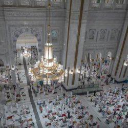 المتطوعون في مكة خلال رمضان .. نموذج مشرّف